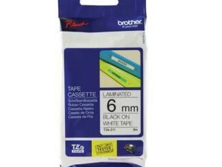 Brother TZe211 tape sort tekst på hvid 6mm x 8m - original